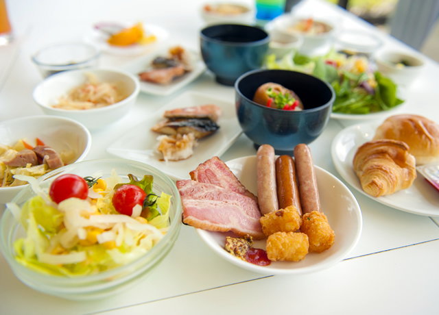 ★ザ・ビーチタワー沖縄_朝食イメージ