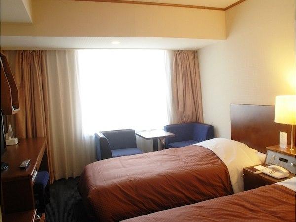 ★ホテルサン沖縄_お部屋ツインイメージ